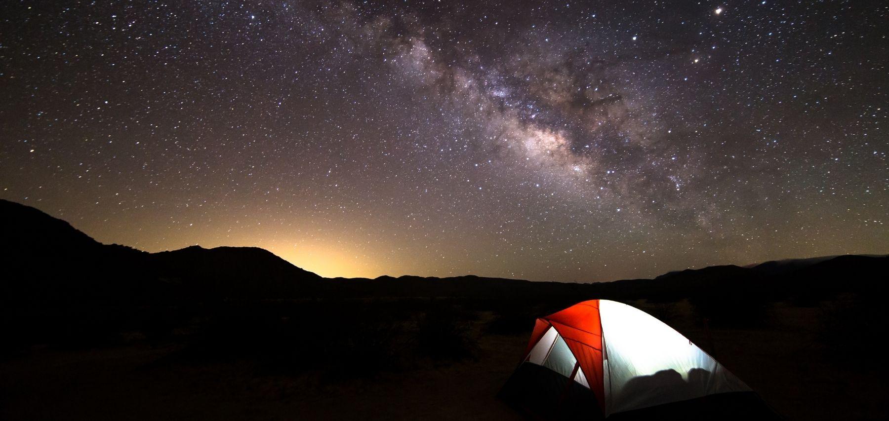 Camping-under-moonlight-Anza-Borrego